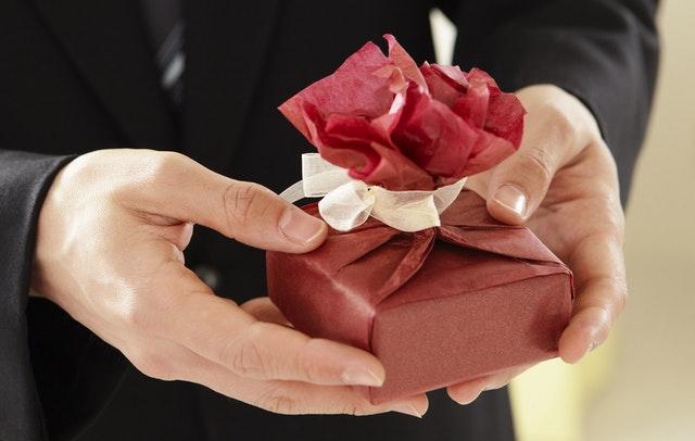 Interesting Gift Ideas for Men